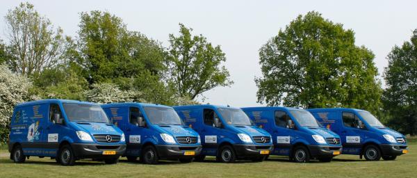 De vijf servicebussen van Kers Elektro